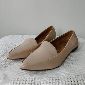 BANANA REPUBLIC   Blush Pink Pointed Toe Loafers